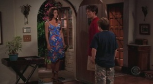 Two and a Half Men 04x08 : Release the Dogs- Seriesaddict
